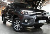 photo TOYOTA HILUX 4
